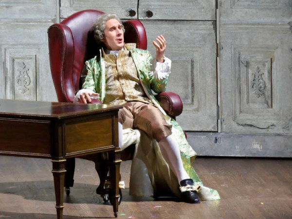 Jacques Imbrailo as Count Almaviva
