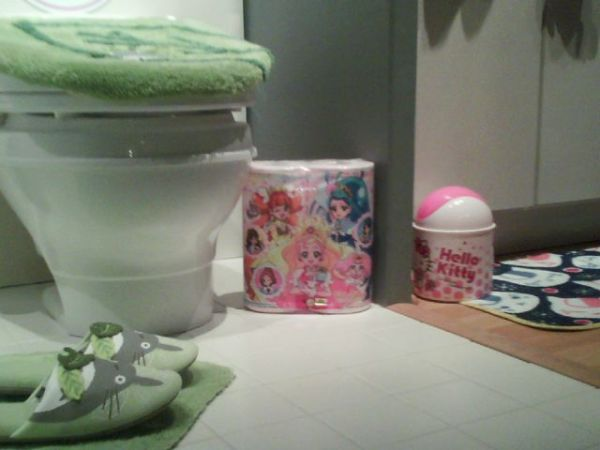 Cute bathroom supplies from Japan