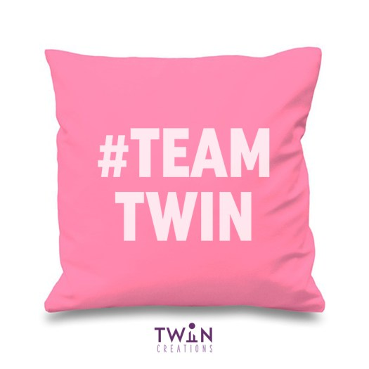 #TEAMTWIN bold cushion cover pink