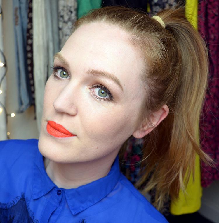 Anna (MakeupByHoni)