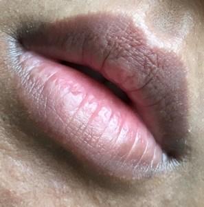 Bare lips NC42 skin