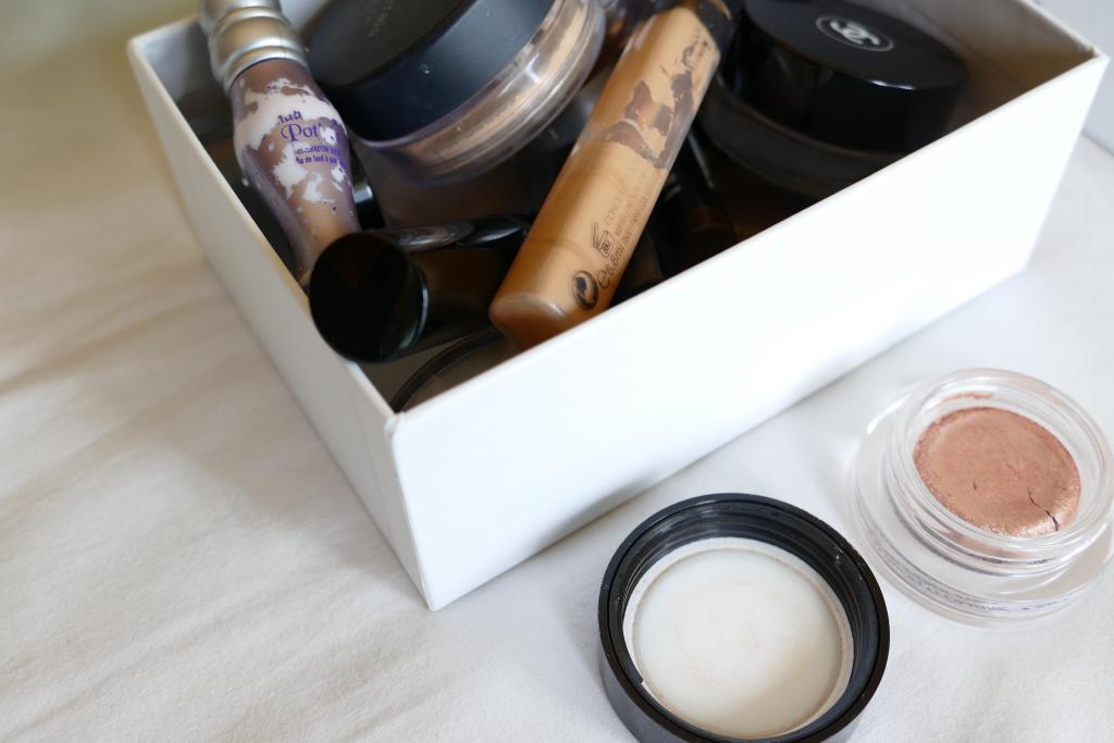 decluttering makeup