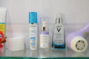 best hydrating serums and essences