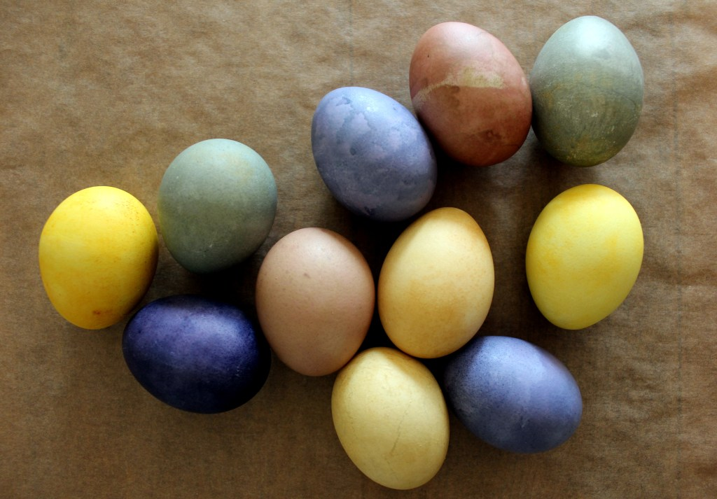 Naturally Dyed Easter Eggs_Twine And Braids