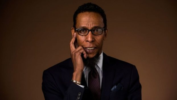 Ron Cephas Jones as Earl Coates