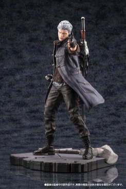Devil May Cry 5 Figures (16)
