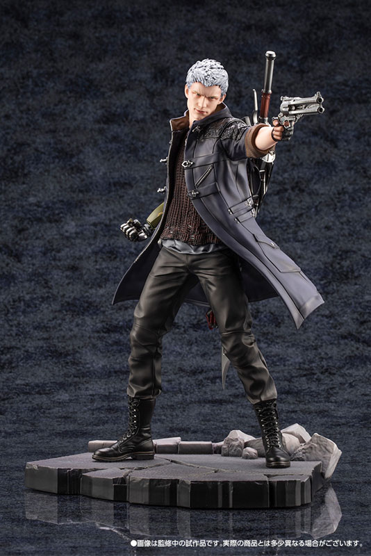 Devil May Cry 5 Figures (17)