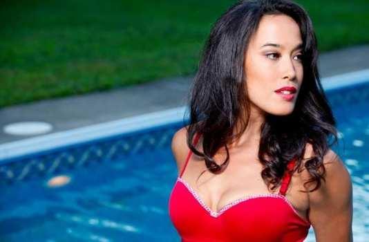 Female Main Character - Mylene Dinh-Robic