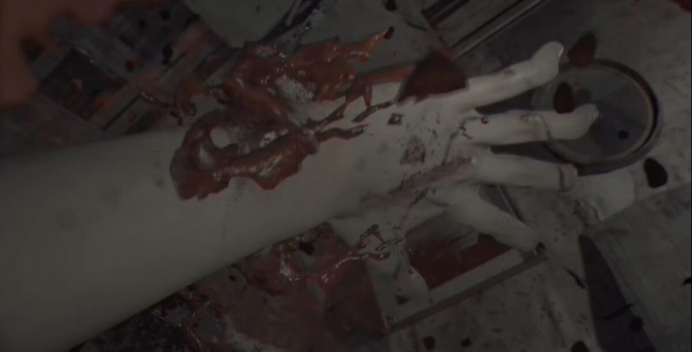 Resident Evil Ethan's Hand Injuries
