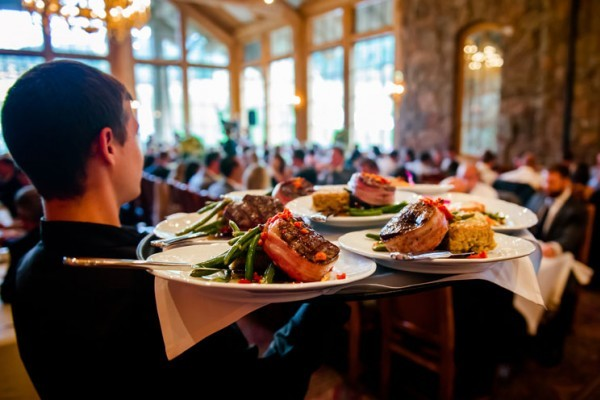 Catered Weddings And Parties: How Much Do They Really Cost