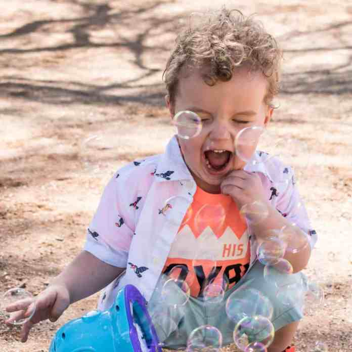 Spring Kids Style Park Easter Bubbles Twins