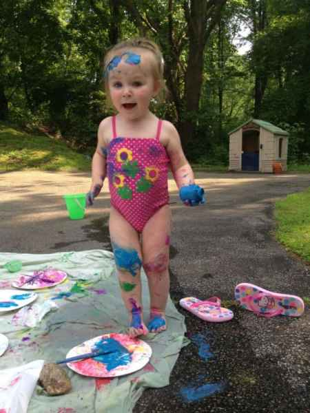 Paint-Party-messy-Ellie