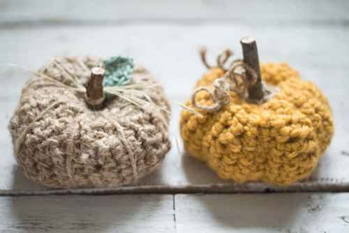 rustic-farmhouse-crochet-pumpkin-07