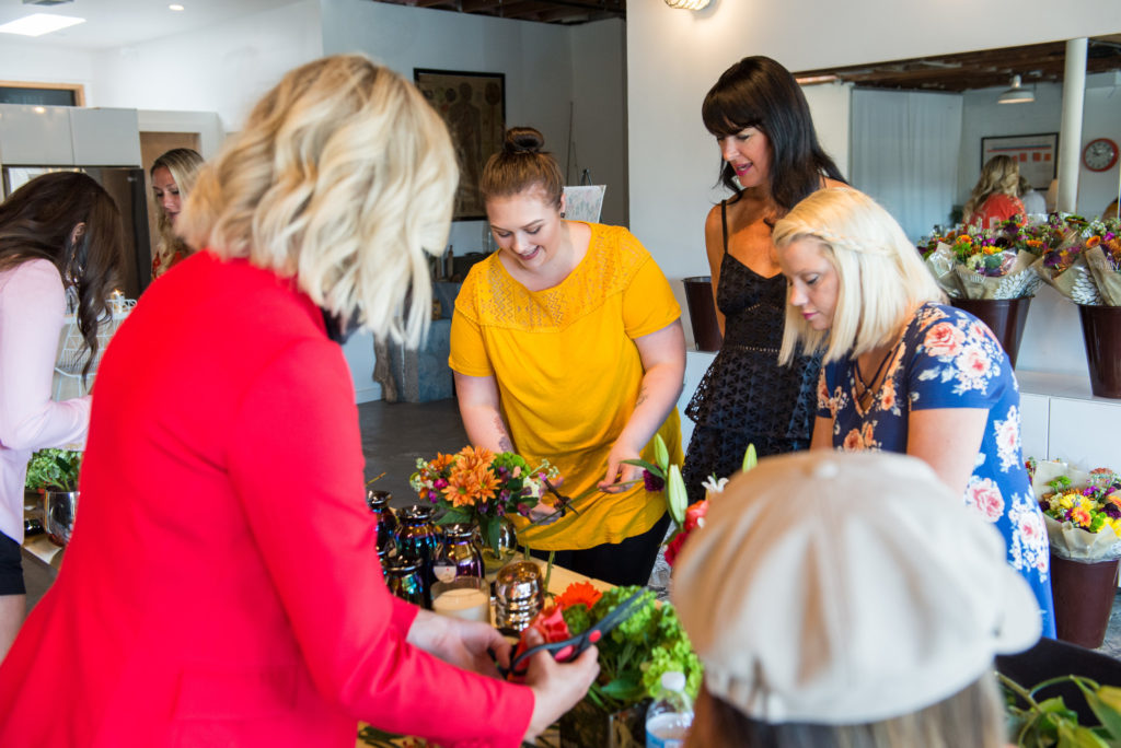floral bouquet design tips and hacks with Debi Lilly and Albertsons/Safeway
