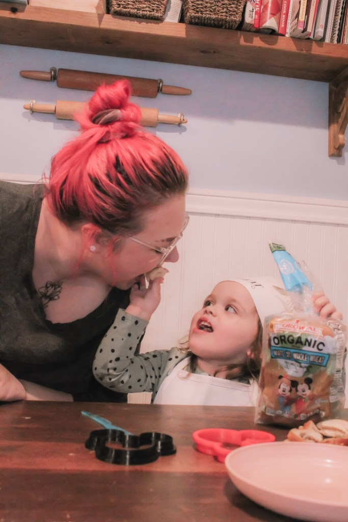how to teach toddlers independence