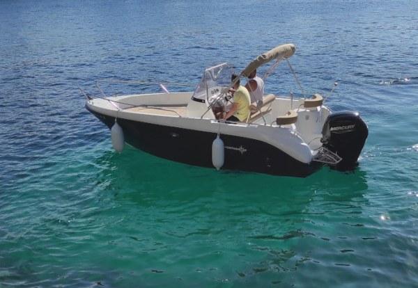 Alquiler lancha en Fornellsde Menorca con licencia
