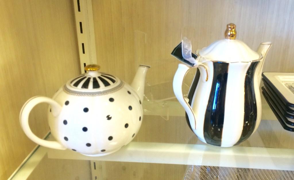 Black & Gold Teapots