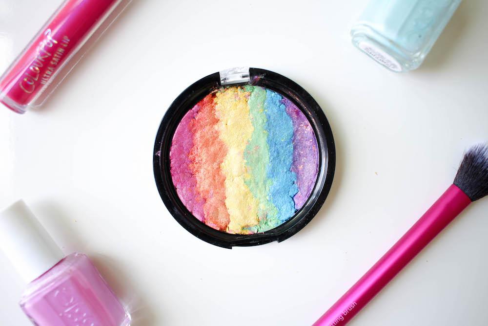 DIY Rainbow Highlighter | Twinspiration