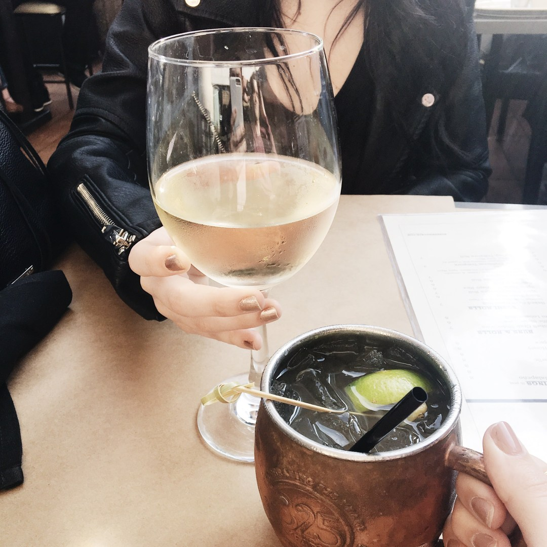 Best Happy Hours in Los Angeles | Twinspiration