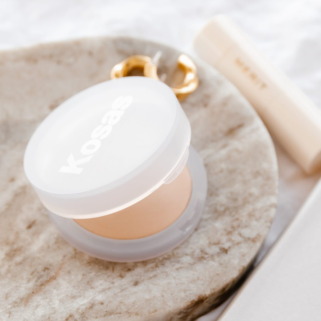 Kosas Cloud Set Powder Review | Twinspiration