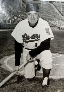 Ermer as Denver Bears manager