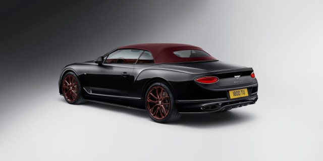 THE NEW CONTINENTAL GT CONVERTIBLE NUMBER 1 EDITION BY MULLINER