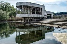 Old swimming pool-6