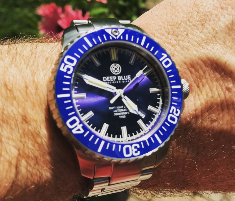 Deep Blue DayNight Diver T-100