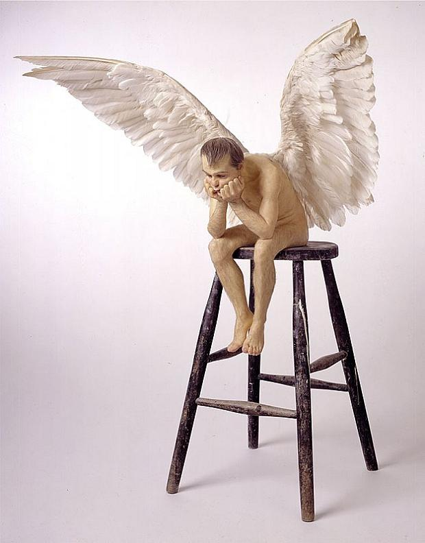 ron-mueck-angel-sculpture