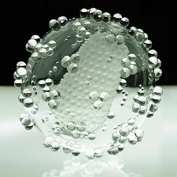 hiv virus made of glass luke jerram The Most Deadliest Art in the World