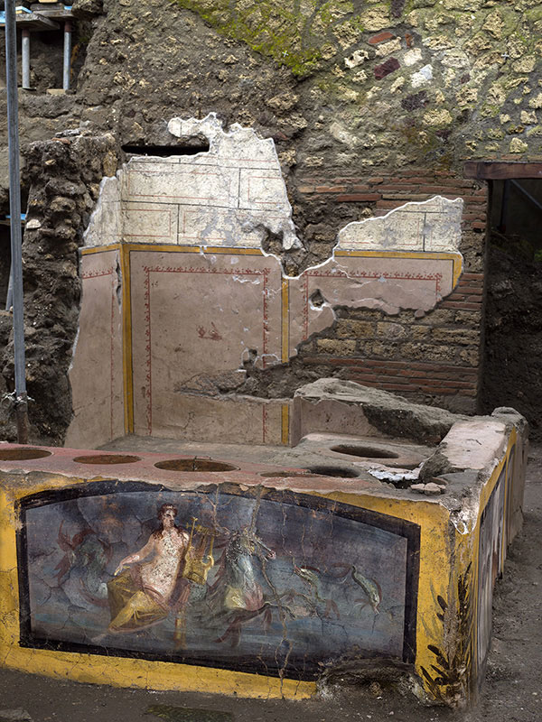 pompeii snack bar photos 13 An Amazingly Preserved Snack Bar in Pompeii was Just Revealed in its Entirety