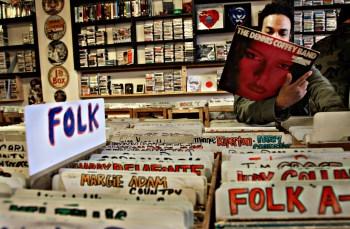 dw-recordstore-041609-p3