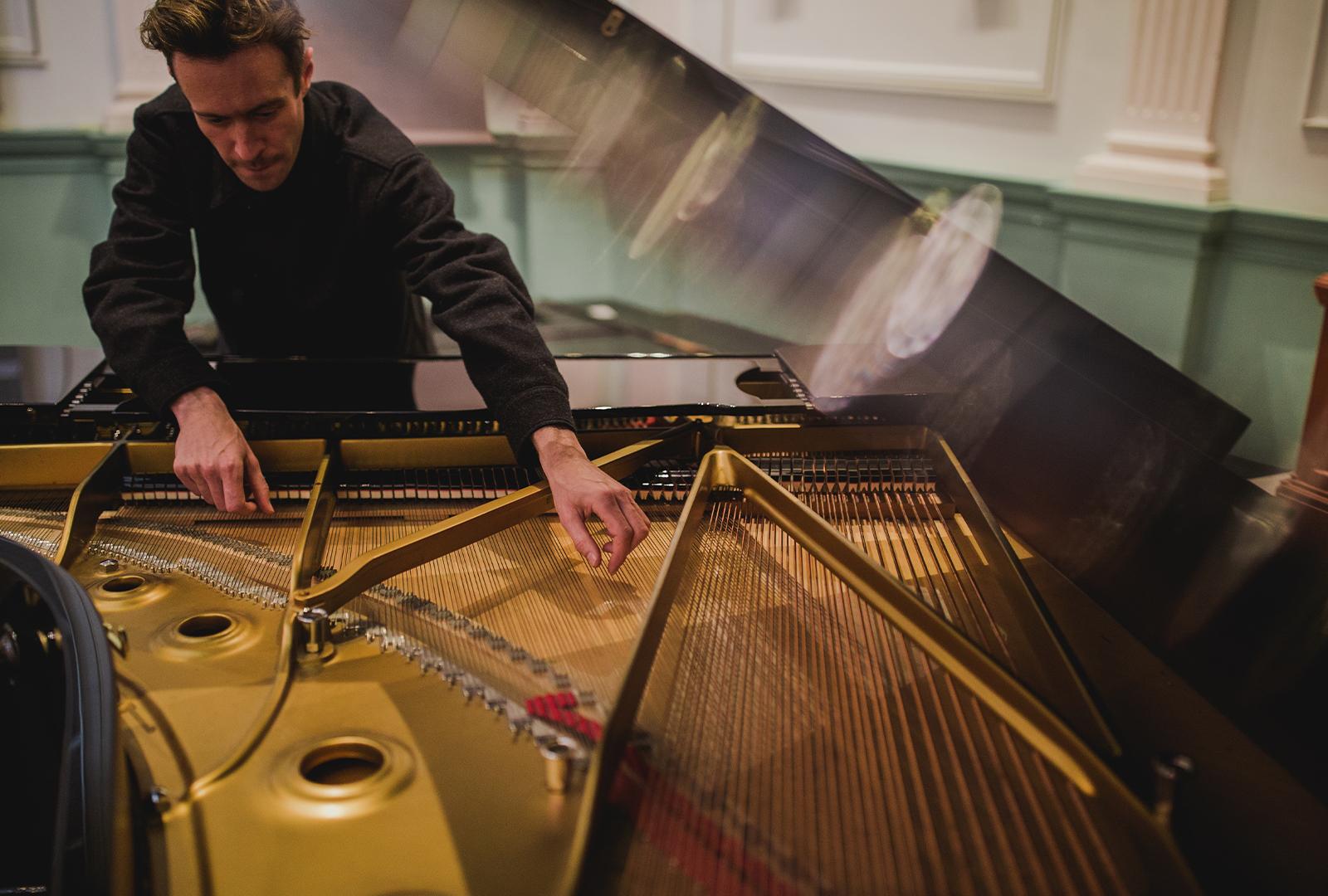 Jonny Nash & Suzanne Kraft unveil new LP.