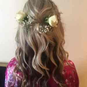 Flower power hair