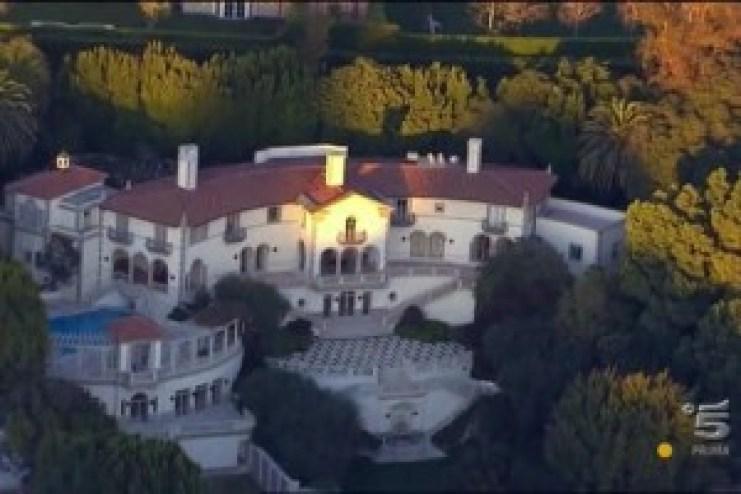 Dollar Bill's Mansion 1