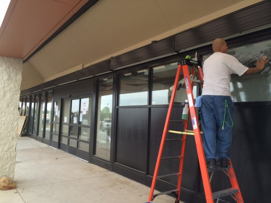 """""""El Rancho"""" Grocery Store Post Construction Cleaning Service in Farmers Branch, Texas"""