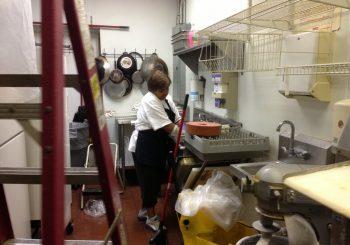 Caribbean Restaurant Taste of the Islands Deep Clean Up Service in Plano Texas 02 56850591e0bf1dba4815a5436d154bb8 350x245 100 crop Restaurant Deep Cleaning Service in Plano, TX