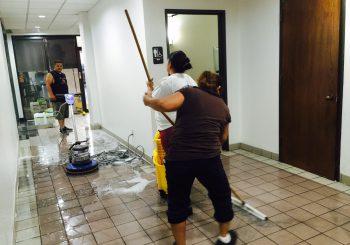 Large Office Building Final Post Construction Clean Up 011 acce2309ba1512b0bb95fc320b205a6e 350x245 100 crop Large Office Building Final Post Construction Clean Up