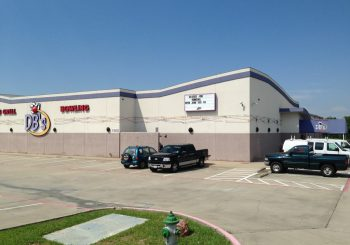 Post construction Cleaning Service at Sports Gril and Bowling Alley in Greenville Texas 08 f3ca1d50d839e1849e12aface7e04f33 350x245 100 crop Restaurant & Bowling Alley Post Construction Cleaning Service in Greenville, TX