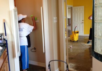 Ranch Home Sanitize Move in Cleaning Service in Cedar Hill TX 17 a1dec1a501f87f363e6b7c1db3d56e5a 350x245 100 crop Ranch Home Sanitize & Move in Cleaning Service Cedar Hill
