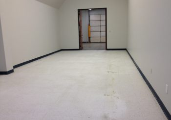 Strip and Wax Floors at a Large Warehouse in Irving TX 26 de989b79b1dd997888cdd4fa30eb565c 350x245 100 crop Strip and Wax Floors at a Large Warehouse in Irving, TX
