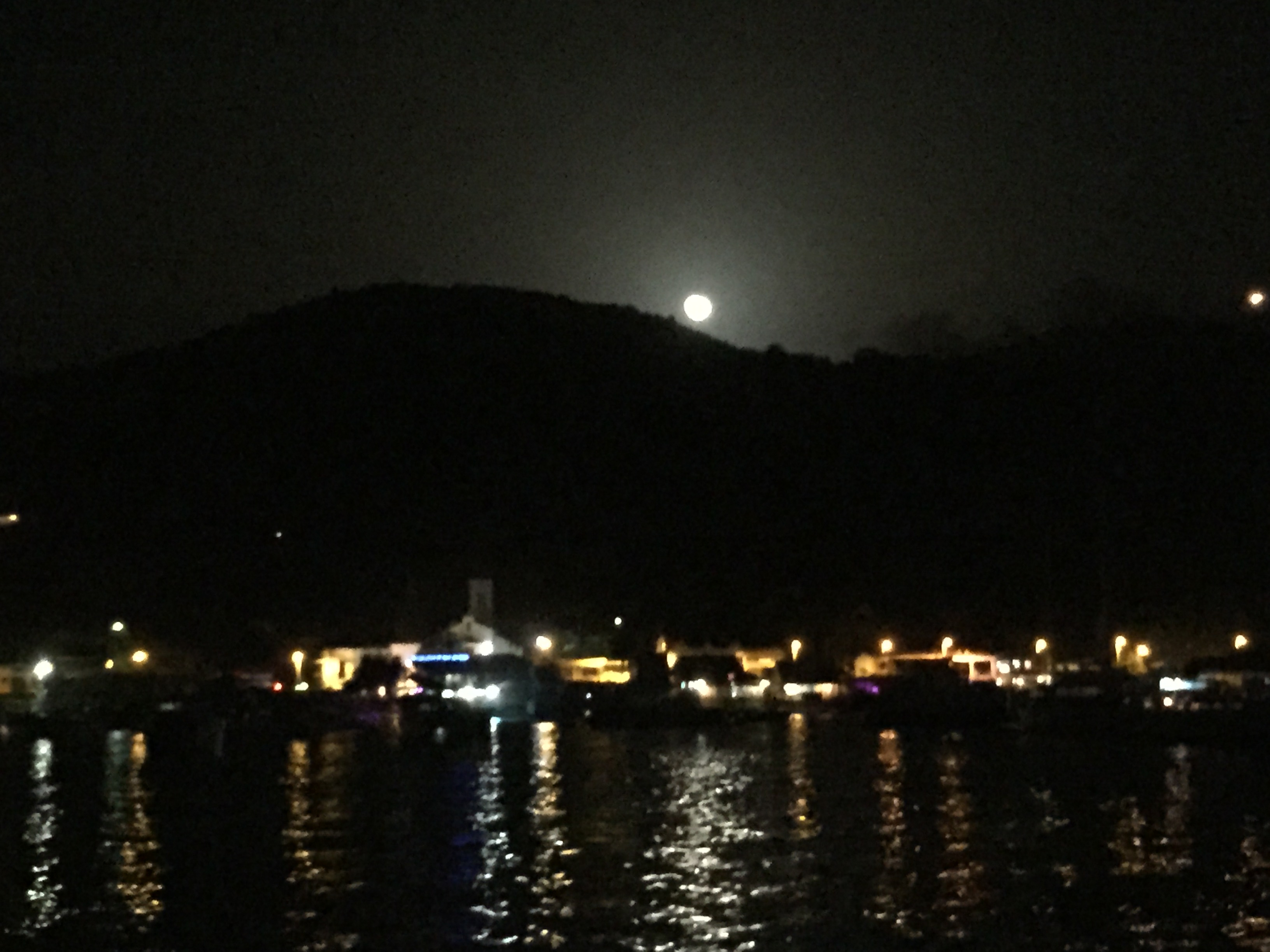 And a beautiful moonrise.
