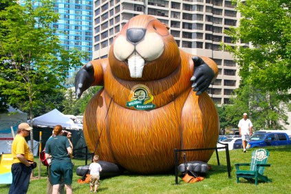 Nothing says the War of 1812 better than a giant inflatable beaver.
