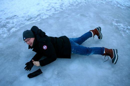 Glen falling over