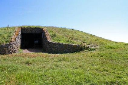 Barclodiad mound
