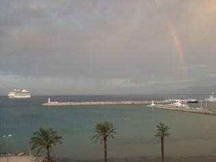 Vista do nosso hotel. Mediterrâneo.