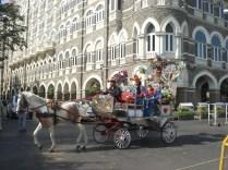 Passeio que fazem perto do Gateway of India