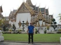 O estilo de tetos dos templos thai que são muito graciosos e que deixa tudo com jeito oriental