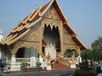 Wat Phra Singh – o templo mais visitado em Chiang Mai com a imagem mais reverenciada de Buda.
