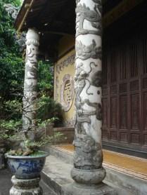 Bao Quoc Pagoda fica numa colina e foi usada para guardar armamentos depois virou uma escola de monges